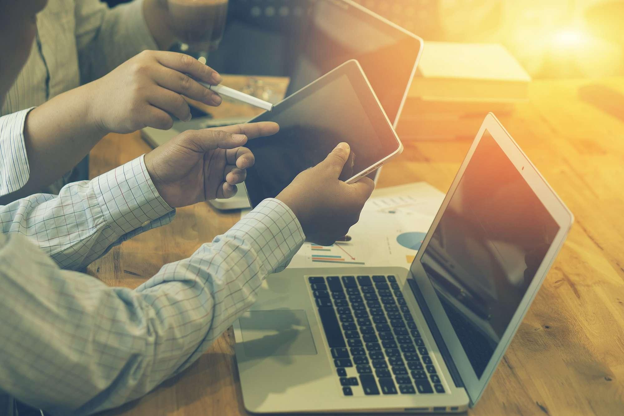 Os três pontos essenciais para definir a forma de remunerar a sua equipe de vendas