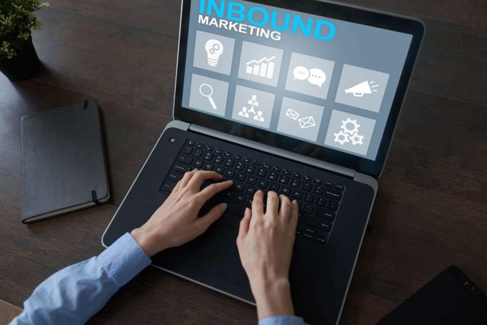 O que você deve saber sobre Inbound Marketing e seus fundamentos para criar uma estratégia de atração para seu público